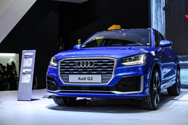 Dàn siêu xe đẳng cấp quy tụ tại Triển lãm ô tô quốc tế Việt Nam 2016 - Ảnh 11.