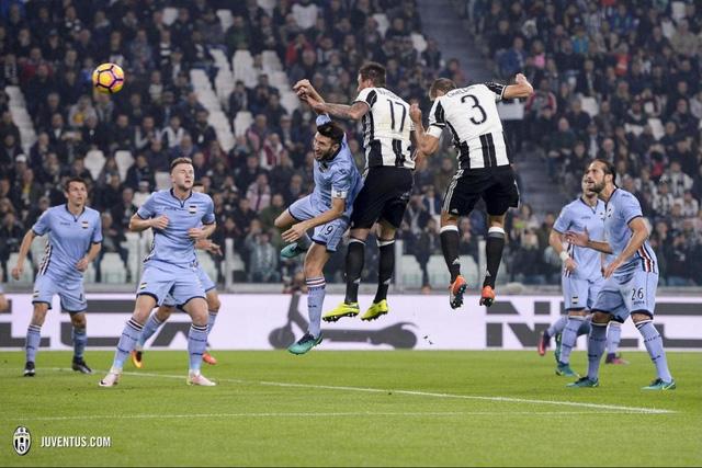 VIDEO, Juventus 4-1 Sampdoria: Sự trở lại ấn tượng của Chiellini! - Ảnh 1.