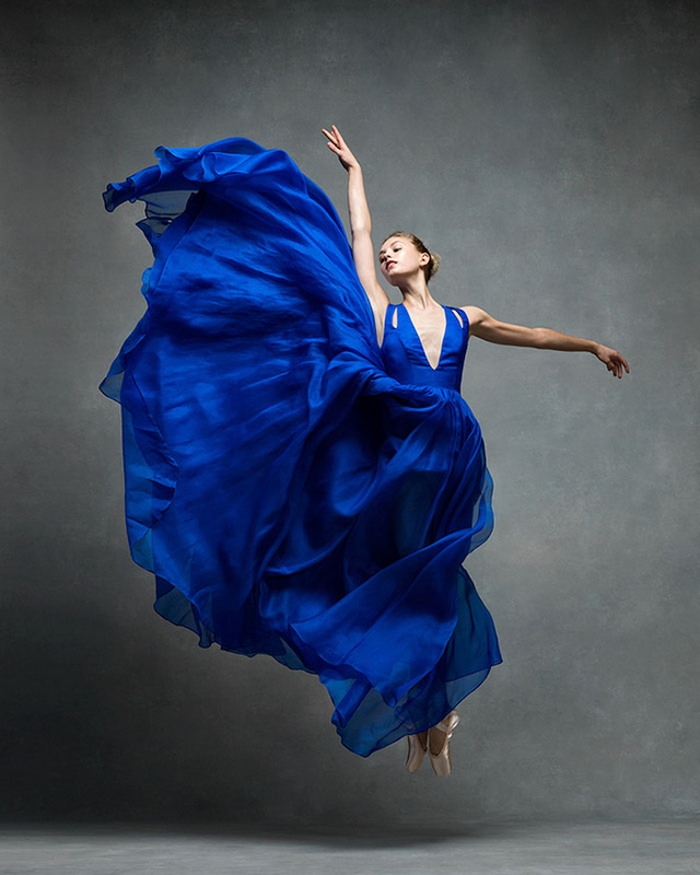 Nghẹt thở trước loạt ảnh đẹp như tranh của các vũ công ballet - Ảnh 2.