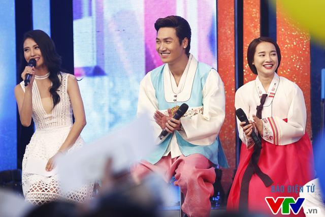 Nhã Phương diện hanbok siêu dễ thương trong Bữa trưa vui vẻ - Ảnh 1.
