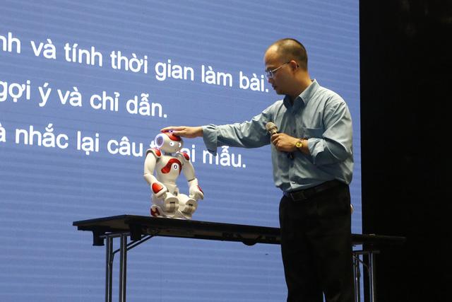 SoftBank tiên phong đưa robot NAO vào giảng dạy tiếng Anh tại Việt Nam - Ảnh 5.