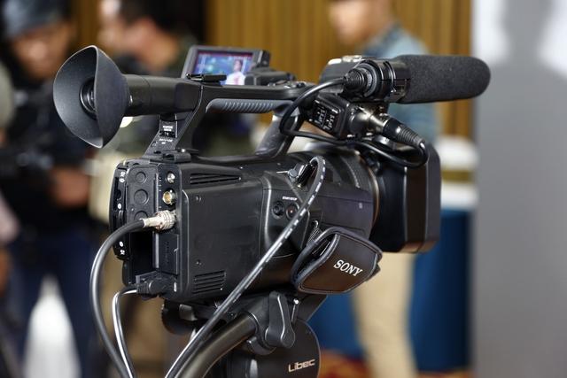 Sony HXR-NX5R - Giải pháp mới cho sản xuất các chương trình gọn nhẹ - Ảnh 1.