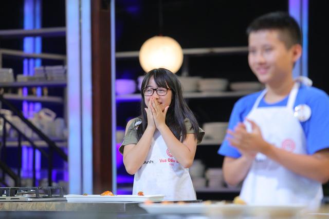 Vua đầu bếp nhí: Tự tin với món sushi, công chúa thỏ vẫn bị loại - Ảnh 5.