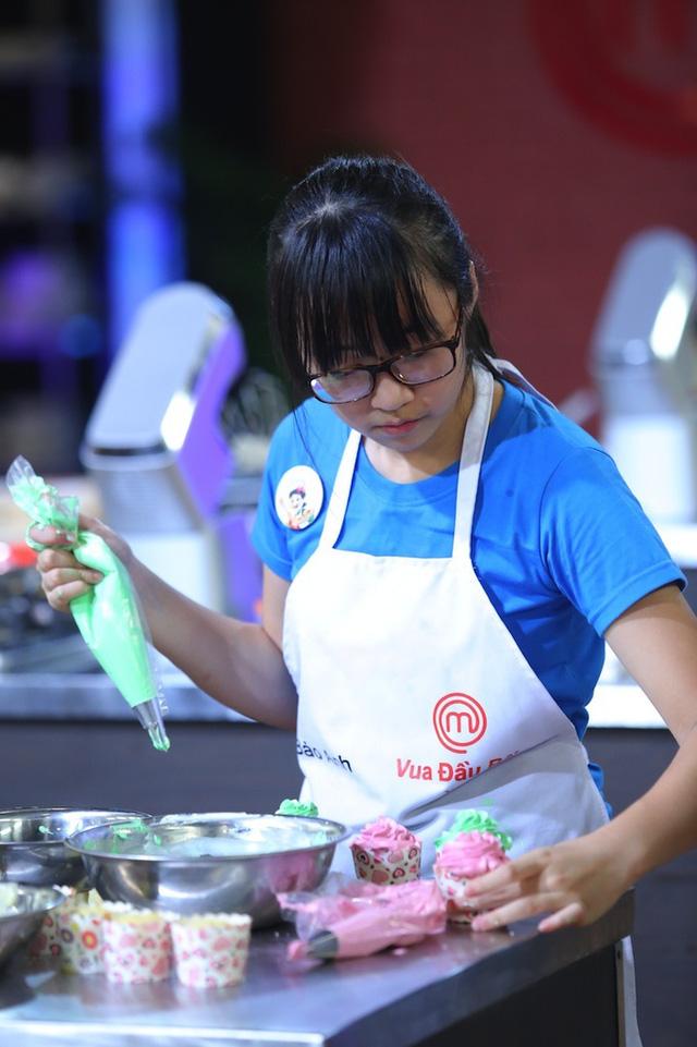Vua đầu bếp nhí: Công chúa bánh thống trị gian bếp với món sở trường - Ảnh 6.