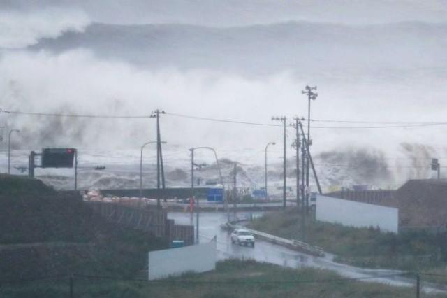 Nhật Bản: Bão Lionrock khiến ít nhất 10 người thiệt mạng - Ảnh 1.