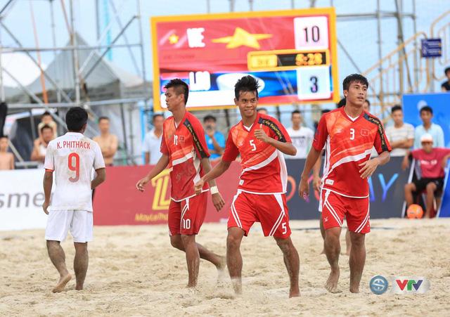 Ảnh: ĐT bóng đá bãi biển Việt Nam thắng ấn tượng trước ĐT Lào - Ảnh 11.