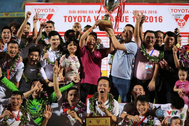 Ảnh: Hà Nội T&T vô địch V.League 2016 sau cuộc đua nghẹt thở với Hải Phòng - Ảnh 11.