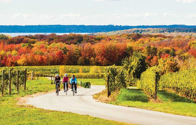 10 thị trấn ở Mỹ nên lui tới khi mùa thu gõ cửa - Ảnh 4.