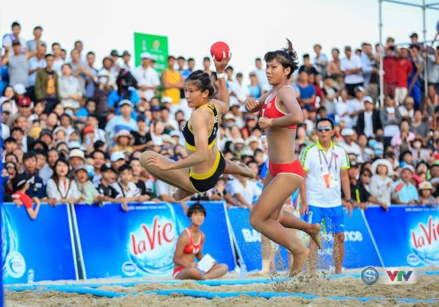 ABG 2016: Vượt qua ĐT Trung Quốc, ĐT bóng ném nữ Việt Nam giành HCV nghẹt thở - Ảnh 1.