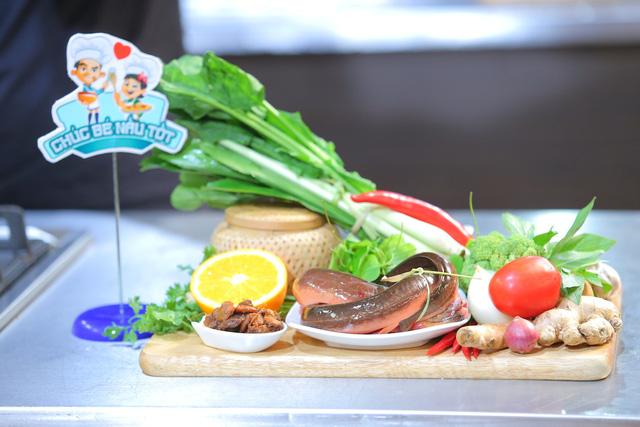 Vua đầu bếp nhí: Tự tin với món sushi, công chúa thỏ vẫn bị loại - Ảnh 1.