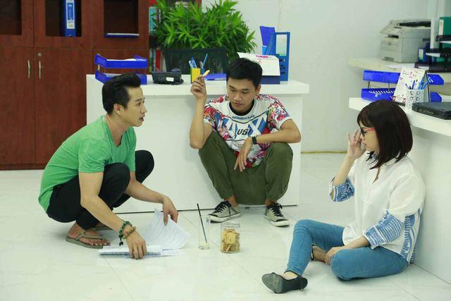 Hé lộ hình ảnh hậu trường sitcom mới Xin chào ông chủ - Ảnh 2.