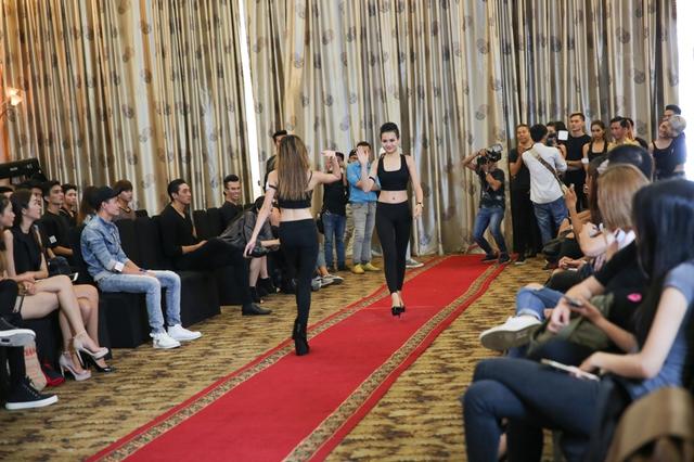 Top 18 VNTM nô nức casting người mẫu Tuần lễ thời trang quốc tế Việt Nam - Ảnh 19.