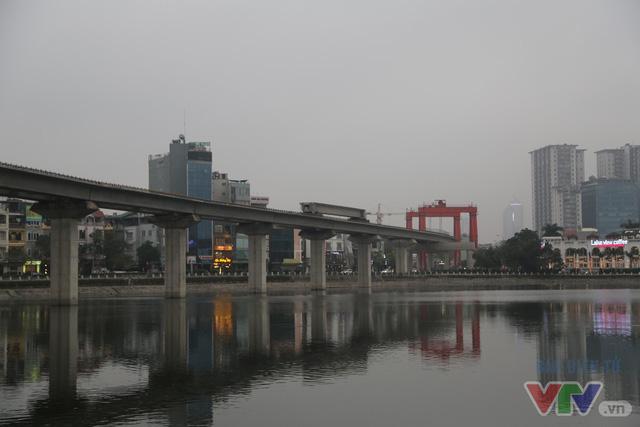 Hoàn tất phần hạ tầng cơ bản tuyến đường sắt trên cao Cát Linh – Hà Đông - Ảnh 1.