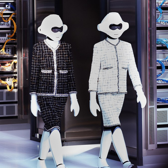 Chanel trình làng BST mới nổi bật mang sắc màu Star Wars - Ảnh 1.