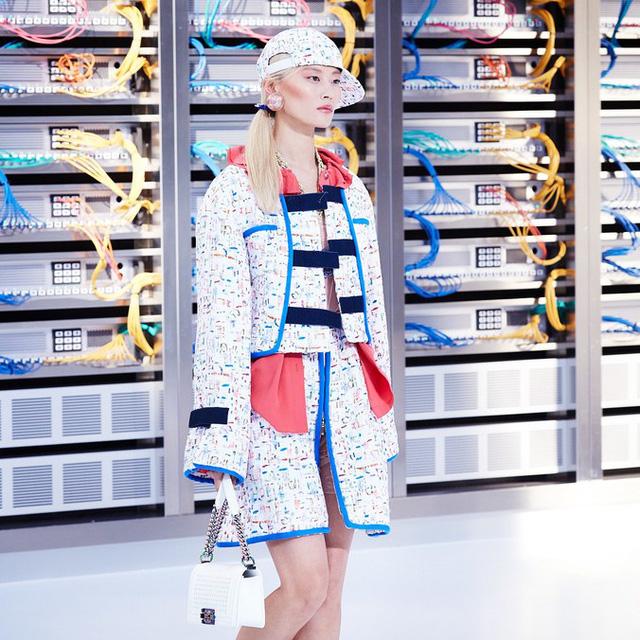 Chanel trình làng BST mới nổi bật mang sắc màu Star Wars - Ảnh 9.