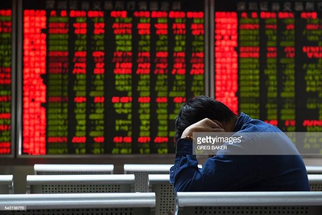 Những cạm bẫy với nền kinh tế Trung Quốc - Ảnh 1.