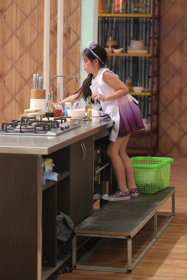 Vua đầu bếp nhí: Công chúa thỏ khiến giám khảo Tịnh Hải mê mệt - Ảnh 1.