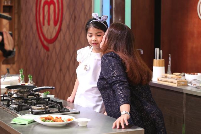 Vua đầu bếp nhí: Công chúa thỏ khiến giám khảo Tịnh Hải mê mệt - Ảnh 3.