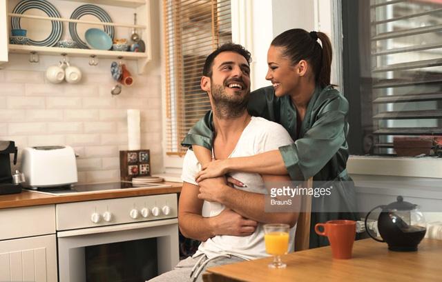 Để hôn nhân viên mãn hơn, bạn nên chấp nhận 6 điều này - Ảnh 2.