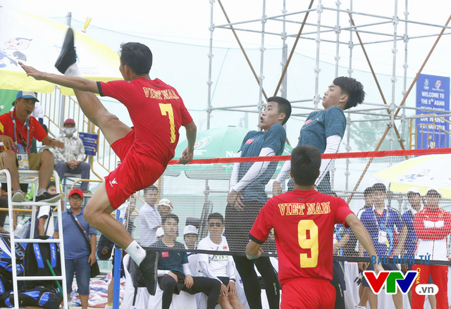 Giành 2 HCV đồng đội, ĐT đá cầu Việt Nam thống trị tuyệt đối tại ABG 5 - Ảnh 2.