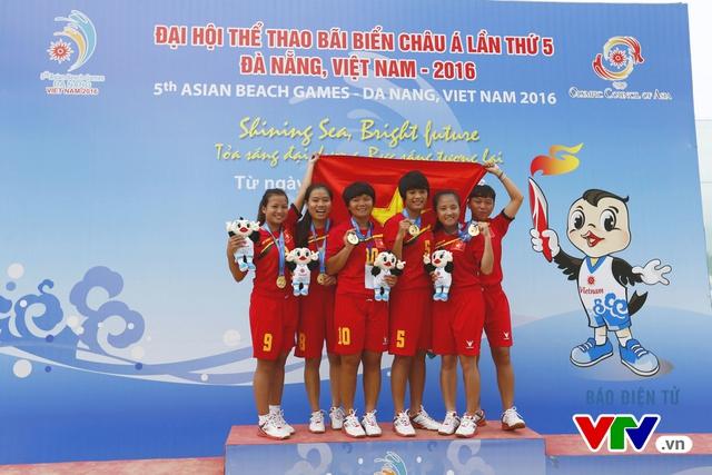 Giành 2 HCV đồng đội, ĐT đá cầu Việt Nam thống trị tuyệt đối tại ABG 5 - Ảnh 6.