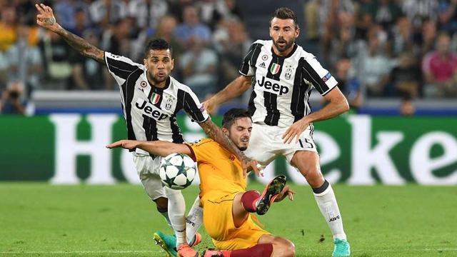 Những khoảnh khắc ấn tượng ở Champions League: Đừng coi thường Leicester City! - Ảnh 9.