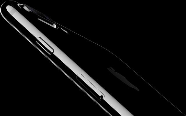 Cận cảnh iPhone 7, iPhone 7 Plus phiên bản màu đen mới cực chất - Ảnh 15.