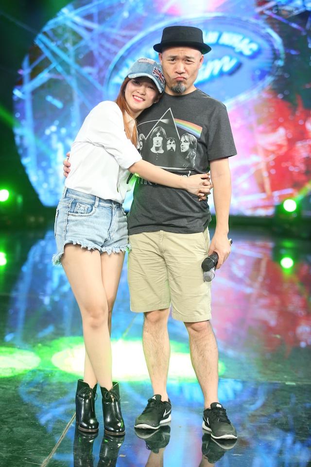 Đinh Hương và Hoàng Quyên rủ nhau khuấy động CK Vietnam Idol - Ảnh 5.