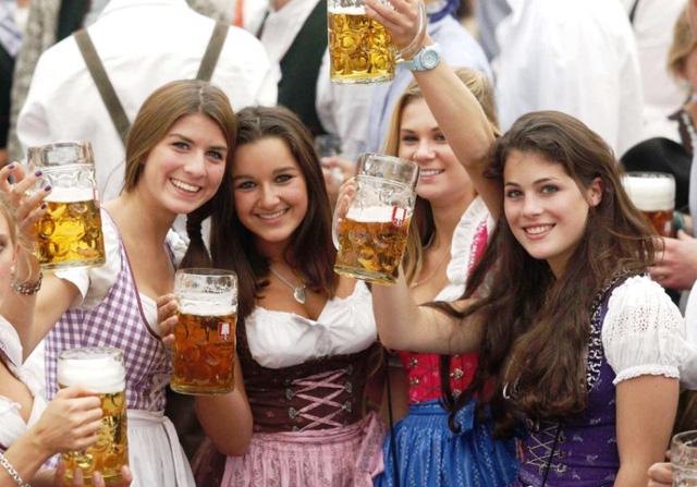 Những điều thú vị về lễ hội bia Oktoberfest - Ảnh 2.