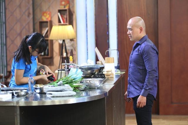 Hai Vua đầu bếp Thanh Hoà và Thanh Cường đối đầu nhau - Ảnh 2.