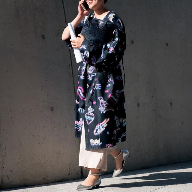 Màu đen cá tính phủ sóng thời trang đường phố Hàn Quốc - Ảnh 13.