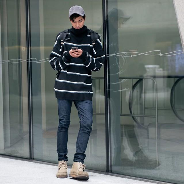 Màu đen cá tính phủ sóng thời trang đường phố Hàn Quốc - Ảnh 20.