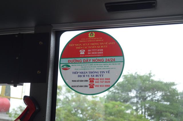 Trải nghiệm tuyến xe bus mới mang màu xanh hòa bình tại Hà Nội - Ảnh 9.