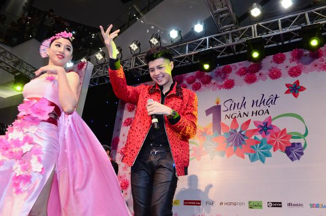 Cháy cùng Noo Phước Thịnh tại Sinh nhật ngàn hoa AEON MALL Long Biên - Ảnh 10.