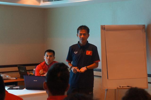 U19 Việt Nam ủng hộ 15 triệu VND cho đồng bào vùng lũ  - Ảnh 1.