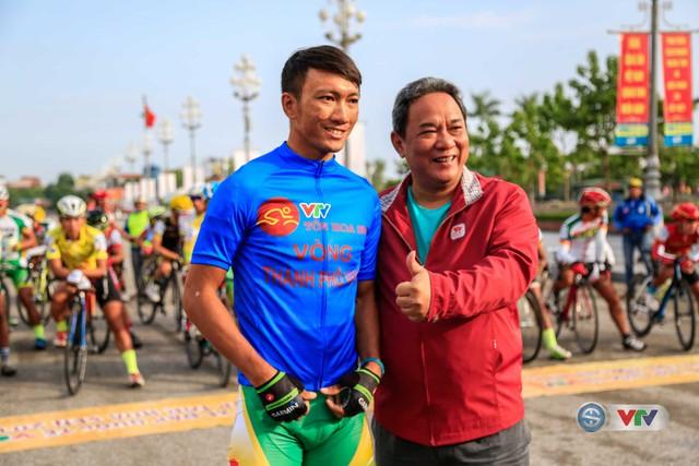 Ảnh: Những khoảnh khắc ấn tượng chặng 6 từ Nghệ An đi Thanh Hoá - Ảnh 1.