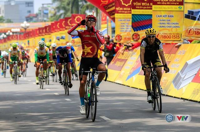 Ảnh: Khoảnh khắc ấn tượng chặng 7 Giải xe đạp quốc tế VTV - Cúp Tôn Hoa Sen 2016 - Ảnh 13.