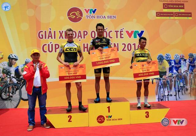 Ảnh: Khoảnh khắc ấn tượng chặng 7 Giải xe đạp quốc tế VTV - Cúp Tôn Hoa Sen 2016 - Ảnh 15.