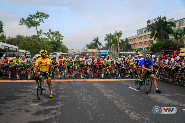 Ảnh: Khoảnh khắc ấn tượng chặng 8 Giải xe đạp quốc tế VTV Cúp – Tôn Hoa Sen 2016  - Ảnh 7.
