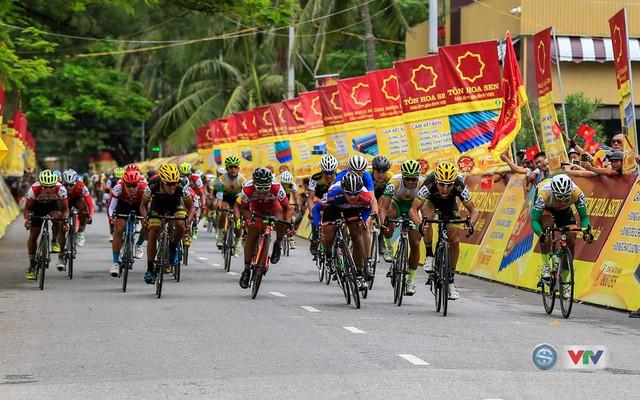Ảnh: Khoảnh khắc ấn tượng chặng 8 Giải xe đạp quốc tế VTV Cúp – Tôn Hoa Sen 2016  - Ảnh 12.