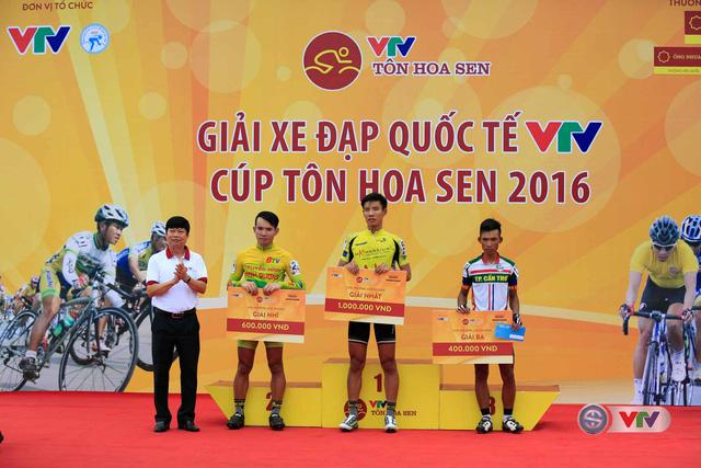 Ảnh: Khoảnh khắc ấn tượng chặng 8 Giải xe đạp quốc tế VTV Cúp – Tôn Hoa Sen 2016  - Ảnh 14.