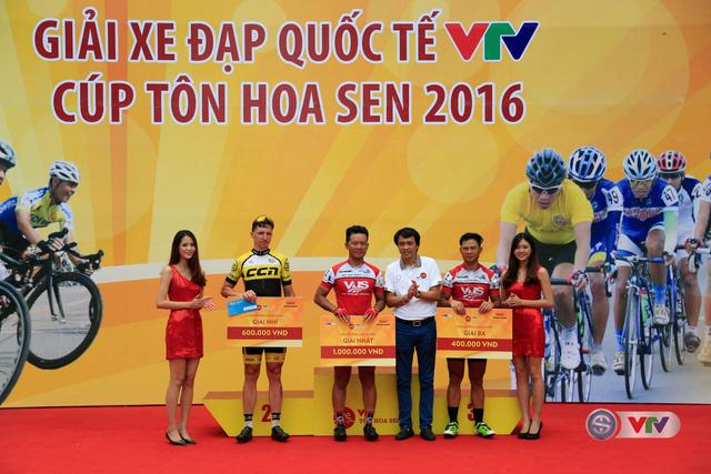 Ảnh: Những khoảnh khắc đẹp chặng 10 Giải xe đạp quốc tế VTV - Cúp Tôn Hoa Sen 2016 - Ảnh 11.