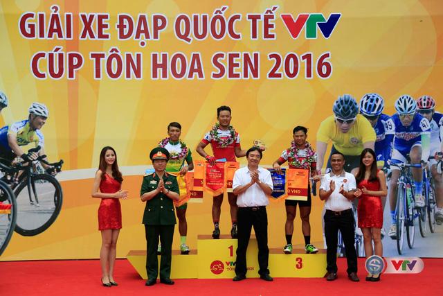 Ảnh: Những khoảnh khắc đẹp chặng 10 Giải xe đạp quốc tế VTV - Cúp Tôn Hoa Sen 2016 - Ảnh 13.