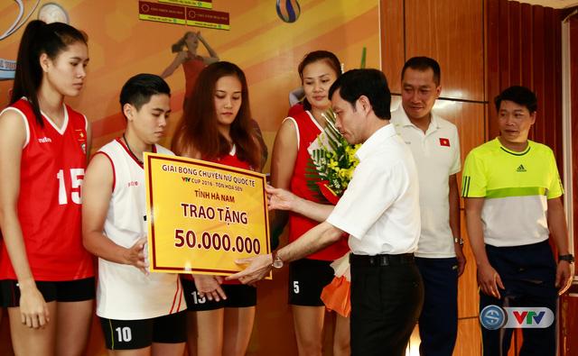 VTV Cup 2016 – Tôn Hoa Sen: ĐT Việt Nam nhận nguồn động viên lớn trước trận bán kết - Ảnh 1.
