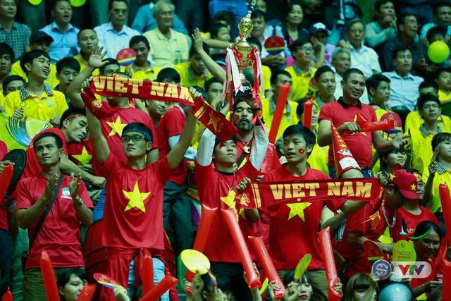 Ảnh: Những khoảnh khắc ấn tượng trong Lễ bế mạc VTV Cup 2016 - Tôn Hoa Sen - Ảnh 8.