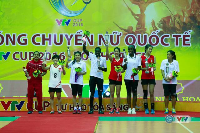 Ảnh: Những khoảnh khắc ấn tượng trong Lễ bế mạc VTV Cup 2016 - Tôn Hoa Sen - Ảnh 13.