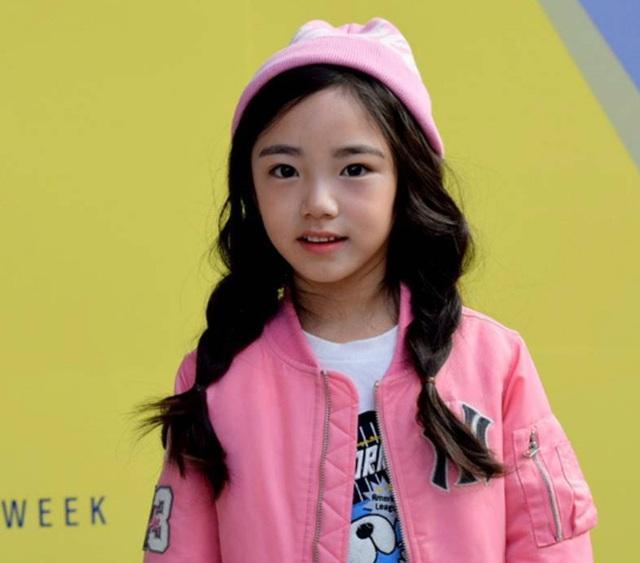 Tuần lễ thời trang Hàn Quốc: Trẻ con chất lừ không thua gì người lớn! - Ảnh 15.