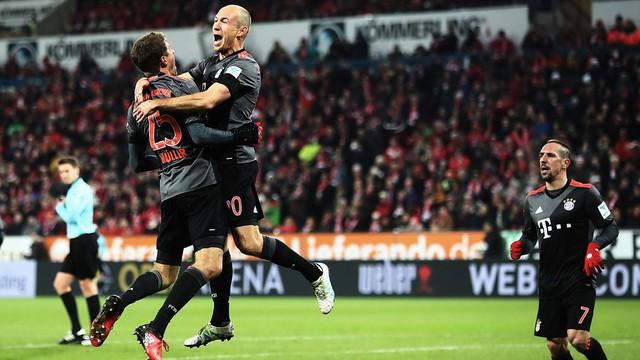 VIDEO, Mainz 1-3 Bayern Munich: Hùm xám ngược dòng ngoạn mục - Ảnh 1.