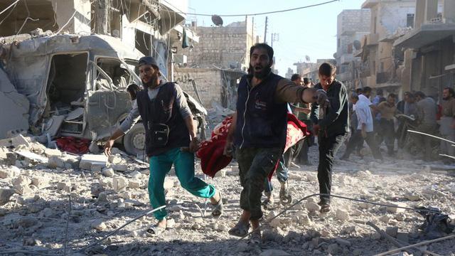 Sự kiện quốc tế nổi bật tuần: Lò lửa Syria bùng phát, Aleppo bên bờ vực hủy diệt - Ảnh 1.