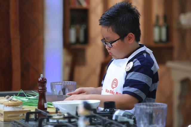 Vua đầu bếp nhí: Ngỡ ngàng với phiên bản búp bê dễ thương của top 12 - Ảnh 1.